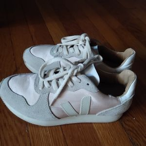 Veja Shoes   Special Edition Sneakers